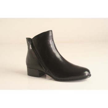 "Canal Grande style ""Amelie"" black ankle boot   (NT2)"