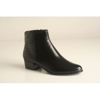 "Canal Grande style ""Betty"" black ankle boot   (NT4)"