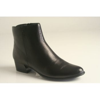 Canal Grande style 'Betty' black leather ankle boot   (NT1)