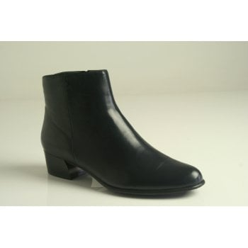 Canal Grande style 'Betty' navy blue leather ankle boot