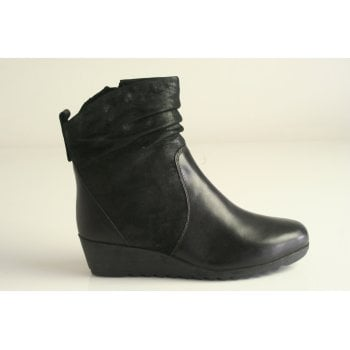 Caprice Black Leather and Suede Combination Ankle Boot (NT SB52)