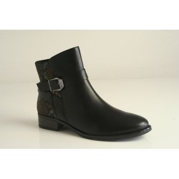 Caprice black leather ankle boot (NT B39)