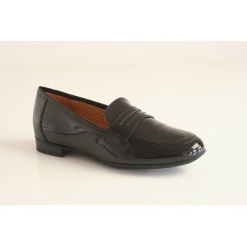 Caprice black patent leather loafer (NT92)