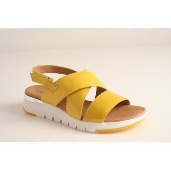 Caprice Lemon patent leather sandal  (NT61)
