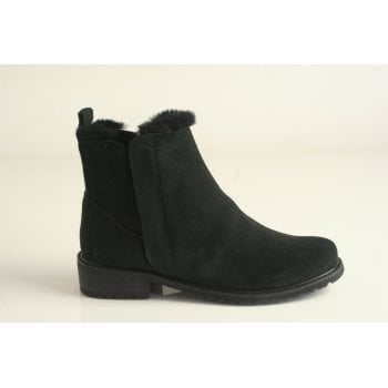 EMU Australia style 'Pioneer' Black suede leather ankle boot (NT27)