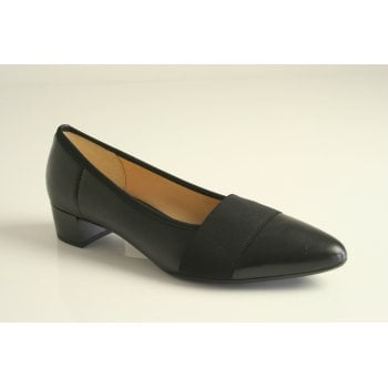Gabor black nappa leather slip on   (NT61)