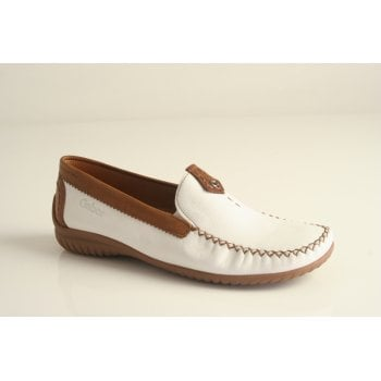Gabor moccassin style white and tan leather loafer (NT 74)