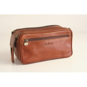 Gianni Conti shaving bag style 915151 in tan vegetable dyed leather
