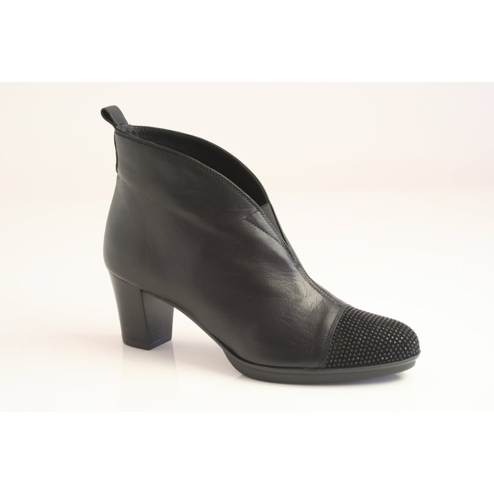 black leather ankle boot with a black