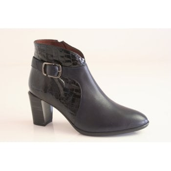 Hispanitas Hispanitas™ navy leather ankle boot with a buckle trim and a zip.