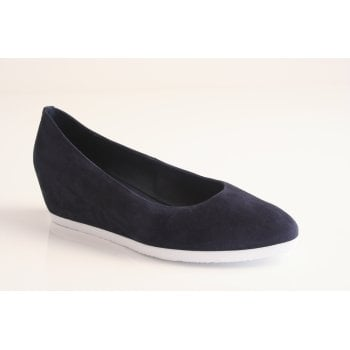Hogl navy blue slip wedge