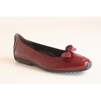 Kennel & Schmenger pump with knot trim in red patent leather  (NT41)