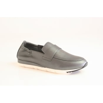 Kennel & Schmenger slip on pump in soft gun-metal leather