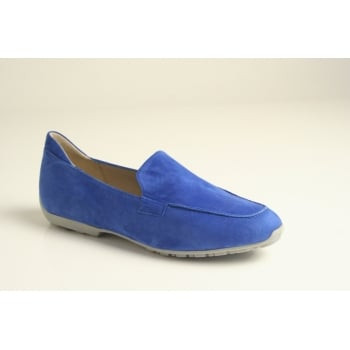 Perlato electric blue suede leather slip-on loafer